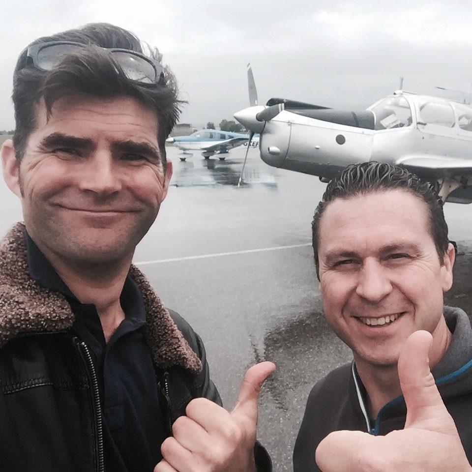 Marc Descarpentries et Xavier Fleury sous la pluie