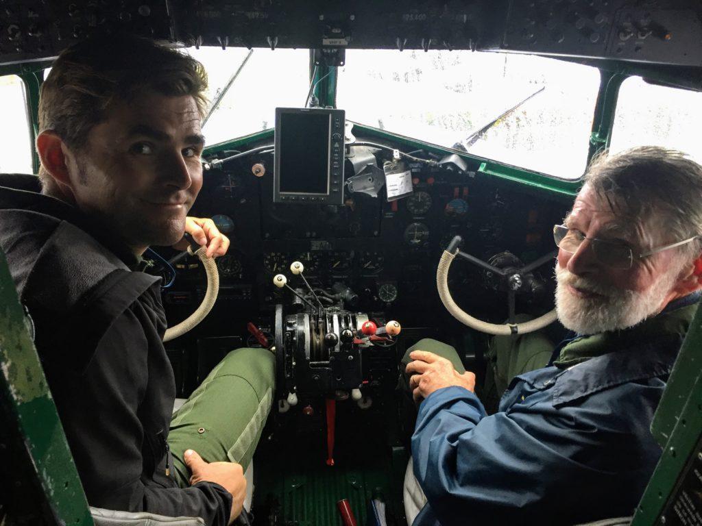 Aux commandes du DC3